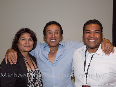 TSR Smokey Robinson Back Stage
