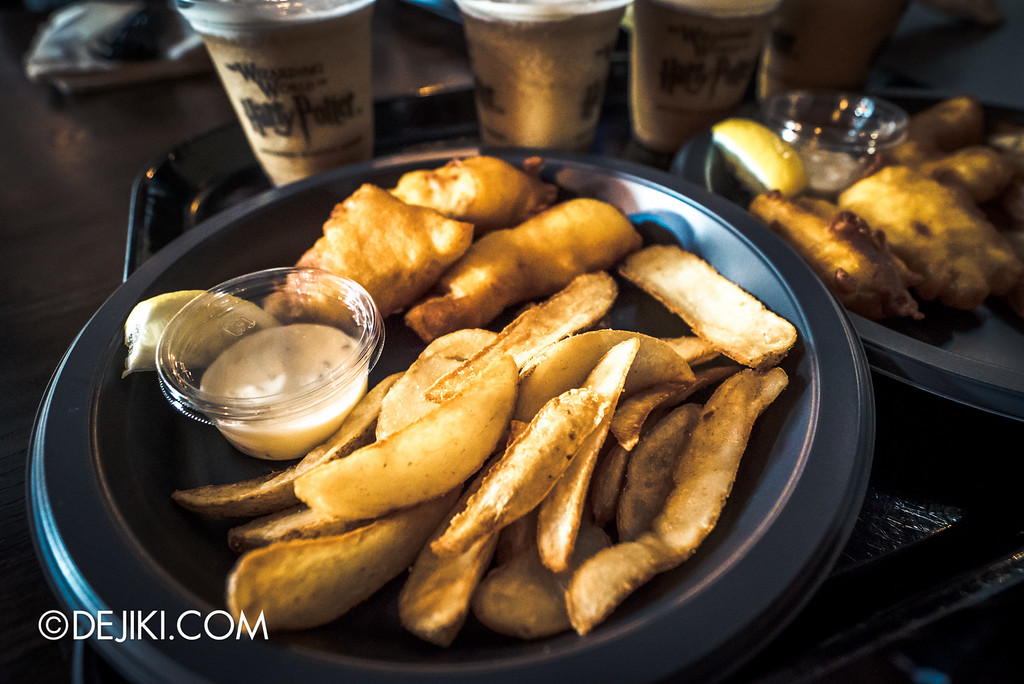 Universal Studios Japan - The Wizarding World of Harry Potter - Three Broomsticks restaurant, fish and chips