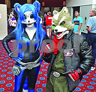 cosplayers-to-show-work-at-rose-city-comic-con