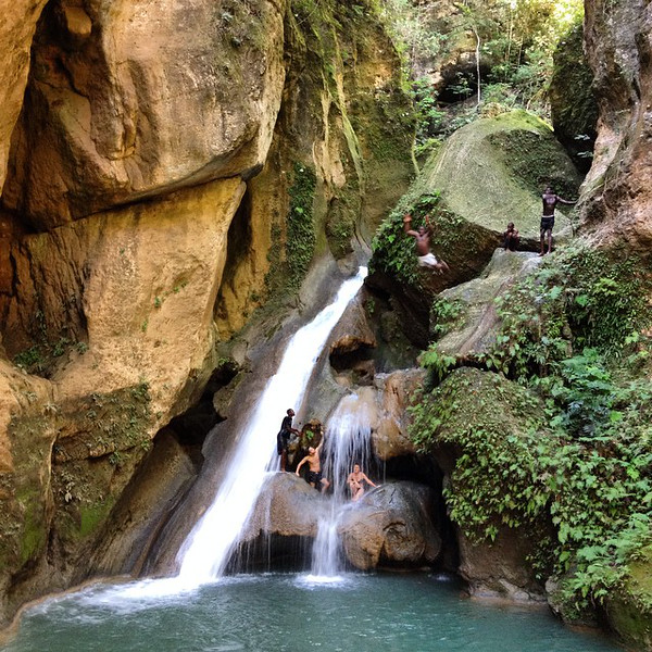 Bassin Bleu -- in the hills just outside of Jacmel, Haiti. I have a mixed relationship with waterfalls, as many are oversold. This one, however, lived up to its billing and included a little mini-rappel (abseil), a couple of pleasant pools, and plenty of ledges to take a leap. True to its name, the water is blue. And be sure to look closely at the dude flying on the right. via Instagram http://ift.tt/1uLMz7b