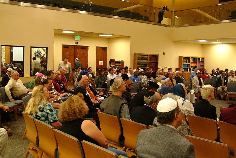 abrahamic-alliance-international-silicon-valley-2013-10-20_20-41-55-abrahamic-trilogue-community-service-ray-hiebert.jpg