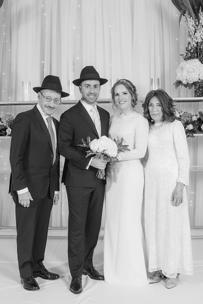 Miri_Chayim_Wedding_BW-649.jpg