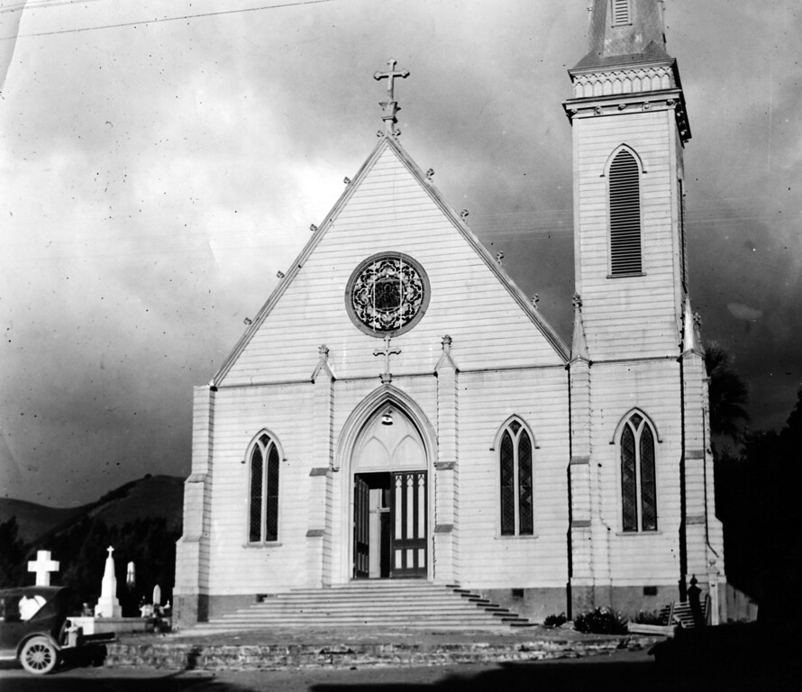. Circa 1925 - The Mission parish church, erected on the site of the original Mission surrounded by the cemetery. (Oakland Tribune Staff Archives)