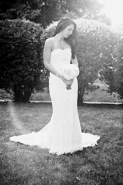 Le Cape Weddings - Megan and Yoav - Wisconsin photographer - Bride Portraits 13.jpg