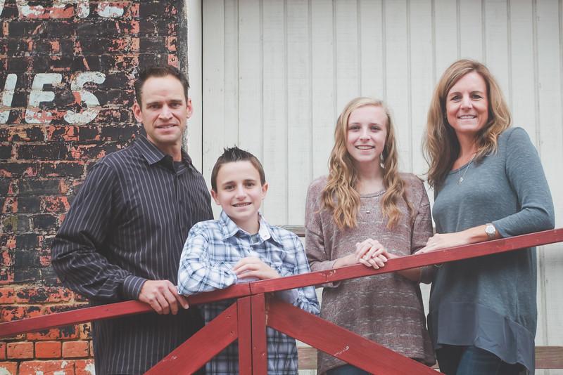GORSKE FAMILY FALL MINI SESSION EDITED-25.JPG