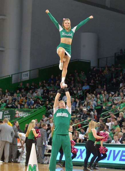 cheerleaders3149.jpg