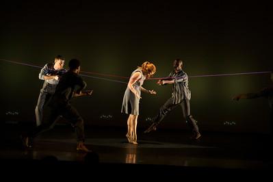 Carolyn Dorfman Dance visits Taft