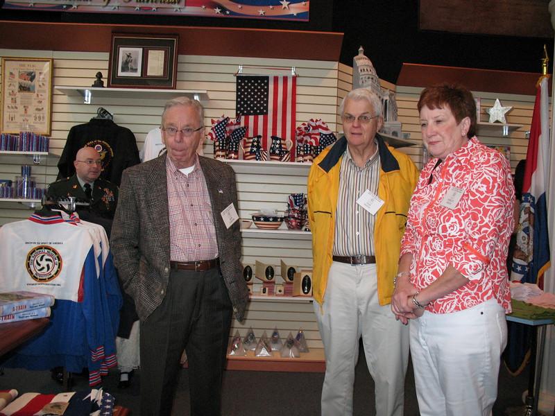 Bob Turner & Sam and Shirley Smith.JPG