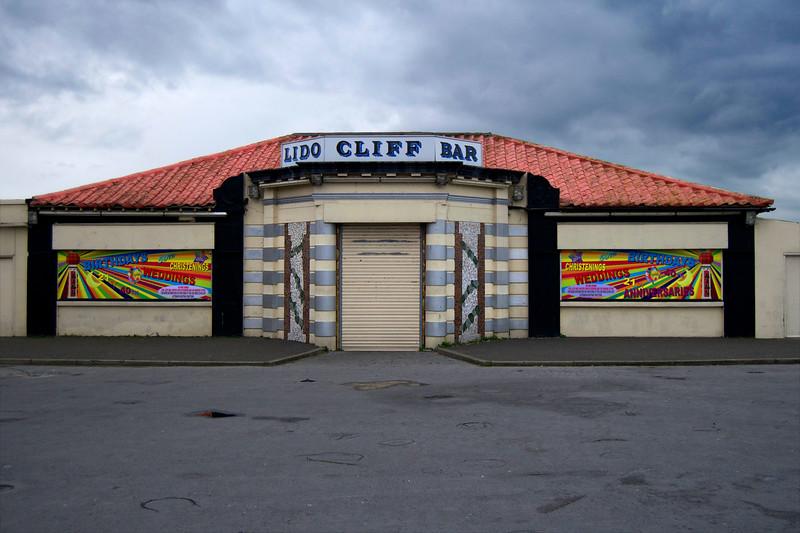 lido cliff bar