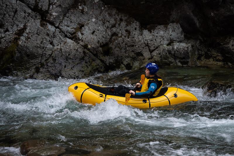 Grade 8 Expedition-Rafting-ELP_3548-2018-19.jpg
