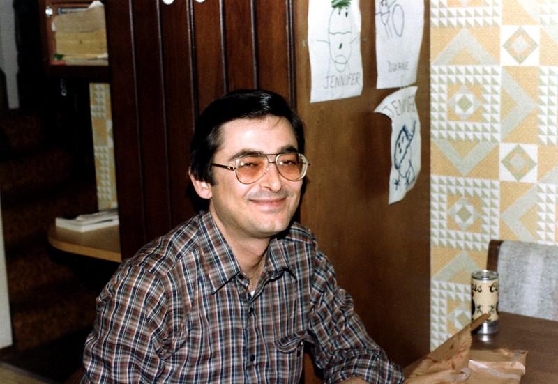 121183-ALB-1983-13-002.jpg