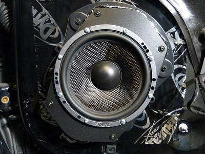 2009 Dodge Challenger R/T Front Door Speaker Installation - USA