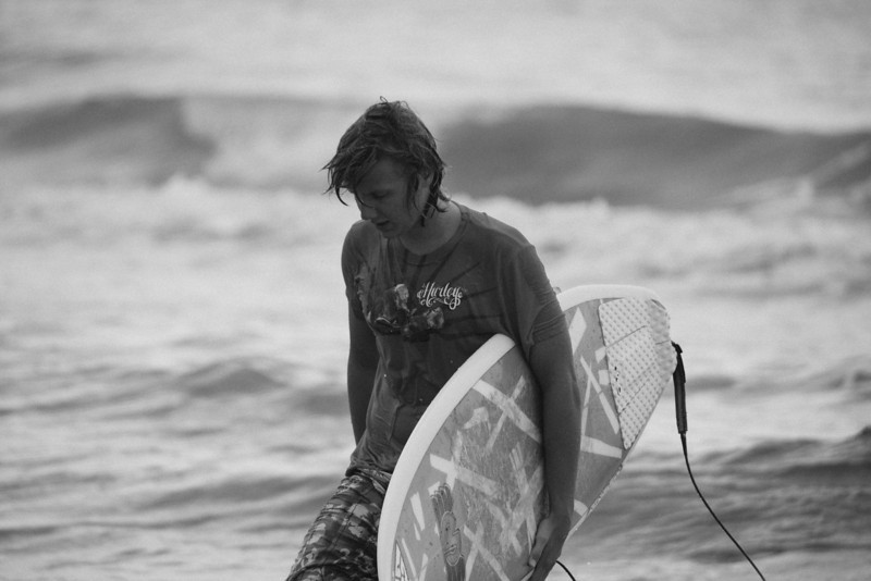 Surf_BW_024.jpg