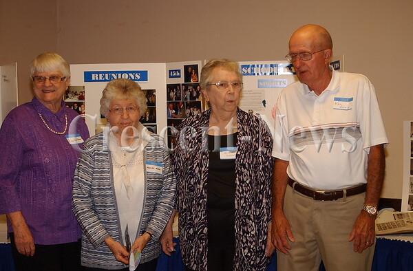 09-27-14 NEWS DHS 60th Class Reunion