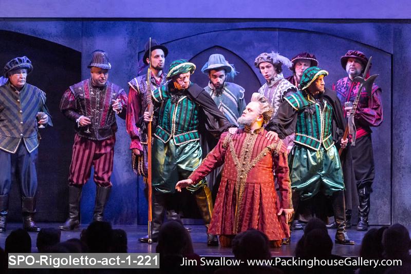SPO-Rigoletto-act-1-221.jpg