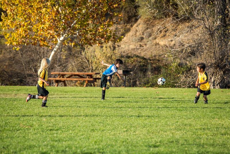 11-09 Sora Eagles Soccer-126.jpg
