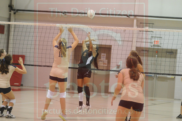 CHS_Mount Vernon_GCA volleyball 9_6_11