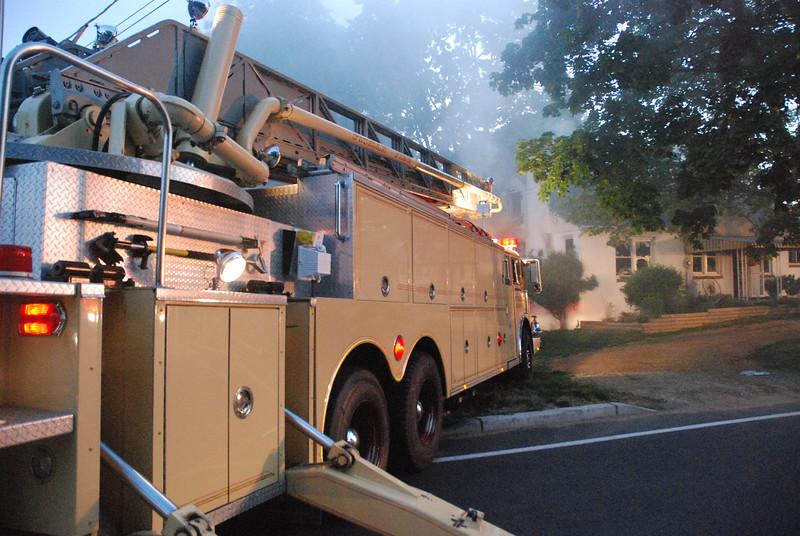 5-23-2009 (Gloucester County) Mantua - 426 Center Street - Dwelling Fire  All Hands