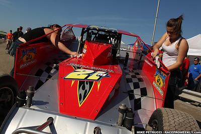 Mike Petrucci - SEF 200 pre-race pit shots