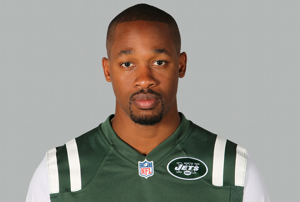 . Dimitri Patterson, CB, New York Jets Patterson had been at odds with the Jets in recent weeks, and nagging leg injuries gave the team enough reasons to release him. He signed a one-year $3 million deal as a free agent in the offseason. 2014 file photo showing Dimitri Patterson of the New York Jets NFL football team.  (AP Photo/File)