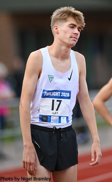 Race 4 - Men's 800 metres