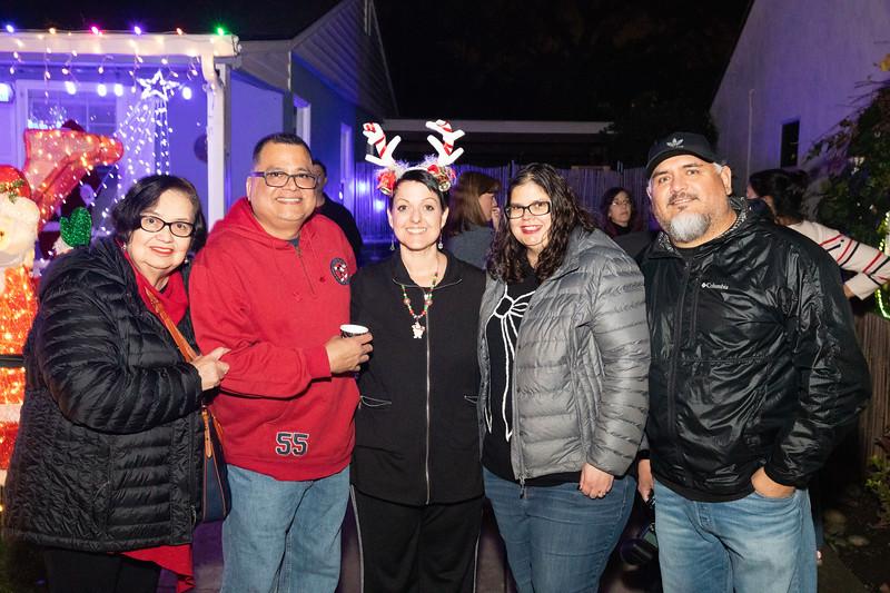 12-08-19-Christmas With Chris & Family-64.jpg