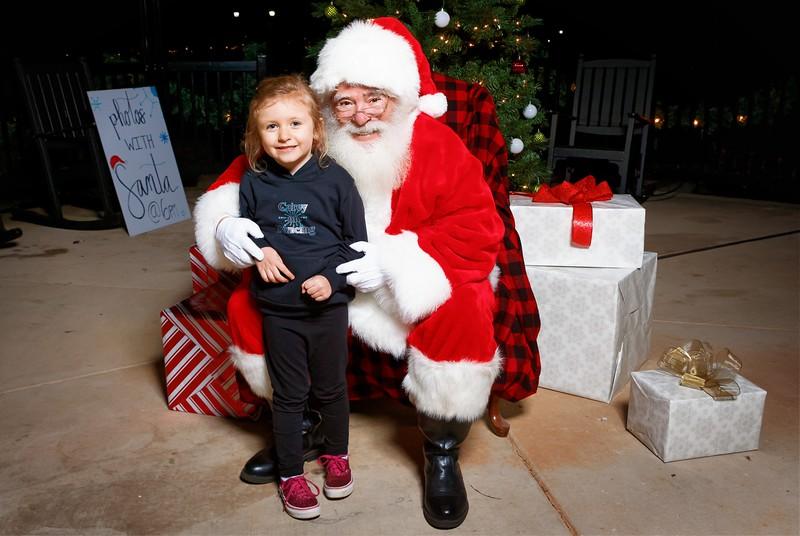 Cramerton Photos with Santa 2019 - 00045_DxO.jpg