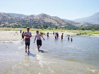 5/18/2002 - White Water Rafting @ Kern River