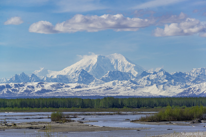 Denali Star Train-6109350-Juno Kim.jpg