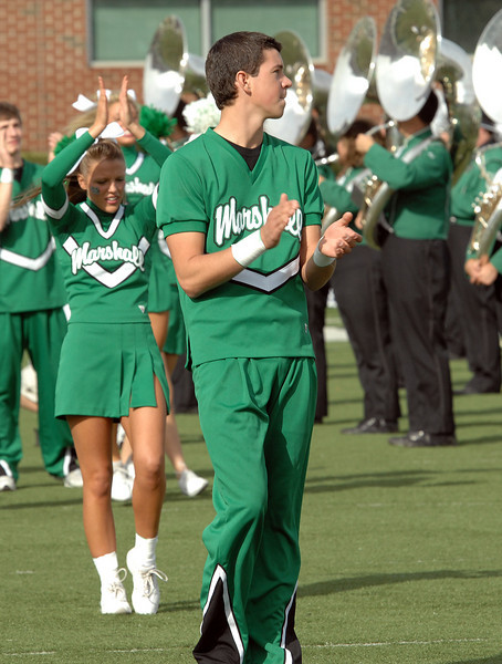 cheerleaders1612.jpg