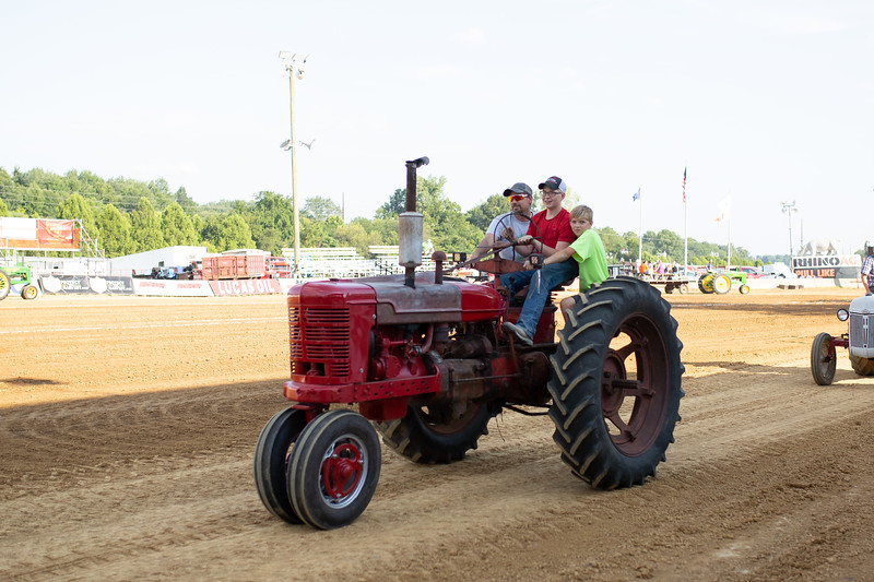 Antique Tractor Parade-67.jpg