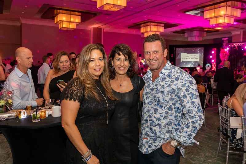 2019_11_Yachtail_Party_00481.jpg