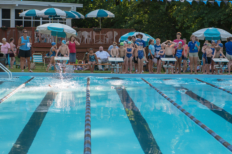 lcs_swimming_kevkramerphoto-006.jpg