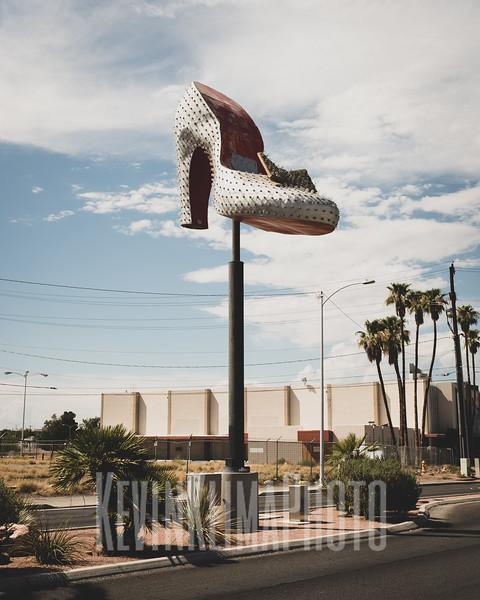 ShoeSign2.jpg