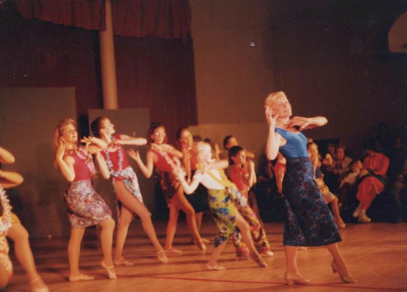 Dance_1058.jpg