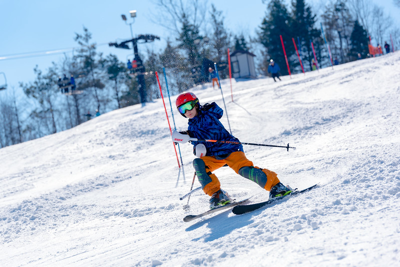 Standard-Race_2-3-18_Snow-Trails-73508.jpg