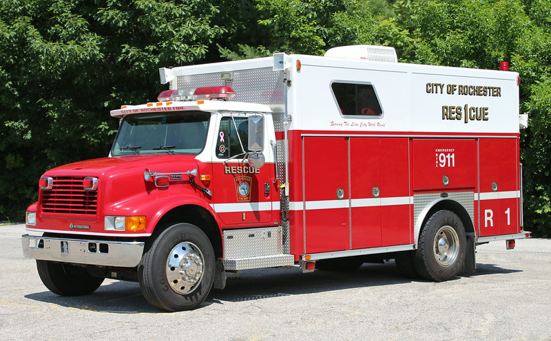 Rescue 1 2000 International / E-One