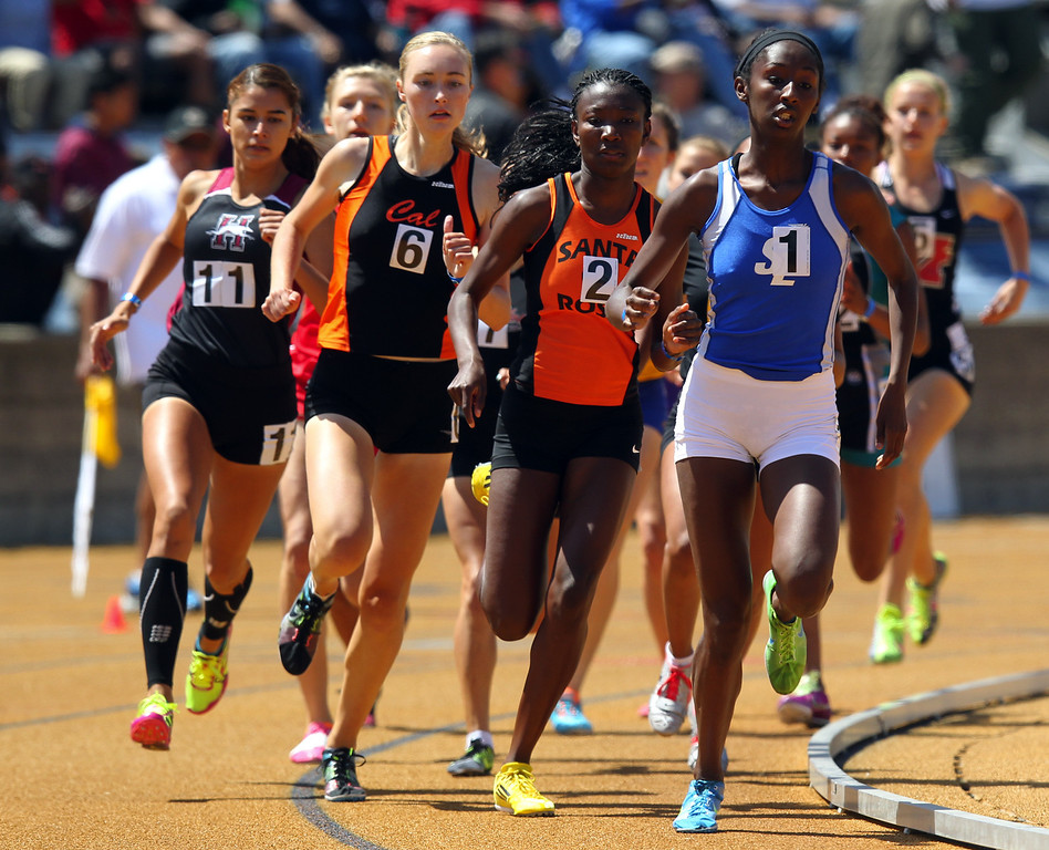 . San Leandro\'s Nijae Jones leads the girls 800 meter final at the North Coast Section Meet of Champions at Cal\'s Edwards Stadium in Berkeley, Calif., on Saturday, May 25, 2013. (Anda Chu/Bay Area News Group)