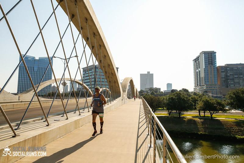 Fort Worth-Social Running_917-0106.jpg