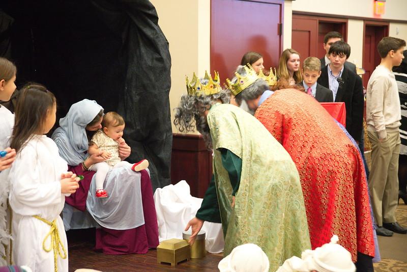 2014-12-21-Christmas-Pageant_206.jpg