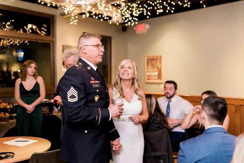 diane-ron-hughes-metro-detroit-wedding-0223.jpg