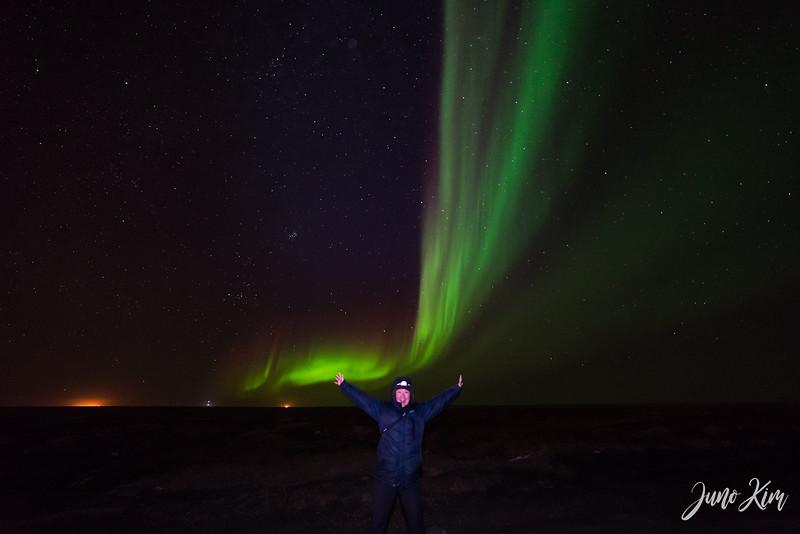 Utqiagvik Northern Lights-6103739-Juno Kim.jpg