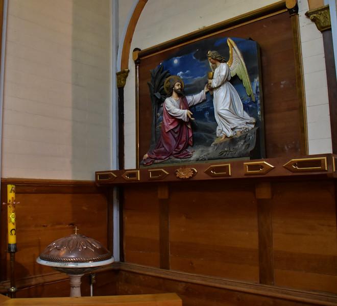 2016 P Varas church bapistry side altar.jpg