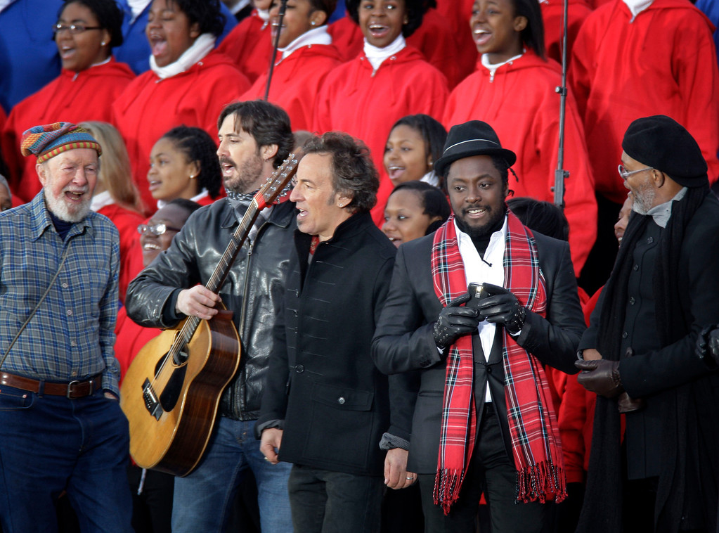 ". File-This Jan. 18, 2009 file photo shows from left, Pete Seeger, his grandson Tao Rodriguez-Seeger, Bruce Springsteen, will.i.am, and Samuel L. Jackson perform at the ""We Are One:  Opening Inaurgural Celebration at the Lincoln Memorial in Washington.  The American troubadour, folk singer and activist Seeger  died Monday Jan. 27, 2014, at age 94.   (AP Photo/Jeff Christensen, File)"
