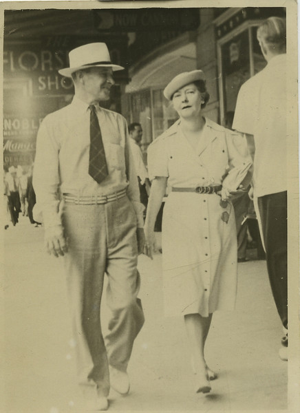 Anne, Wilbur 1940094.jpg