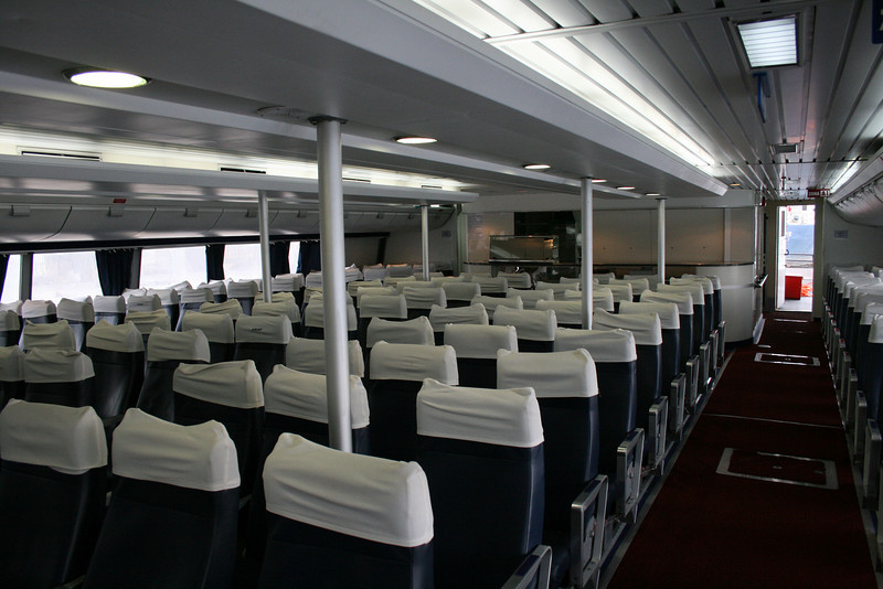 2011 - On board DSC SNAV ALCIONE : main lounge.