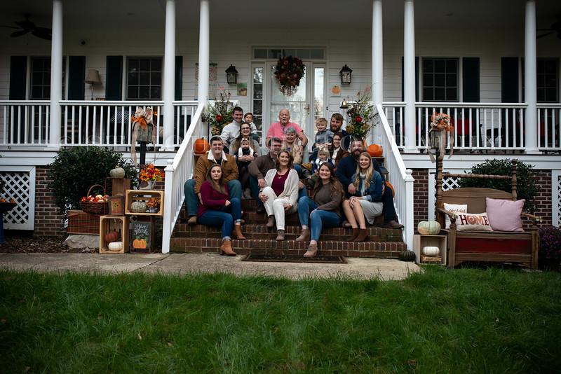 2019 November Ellis Family-34-262.jpg