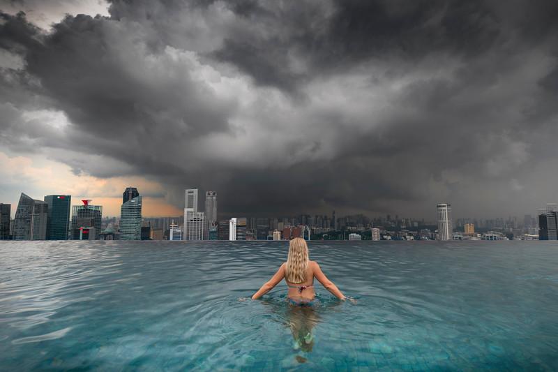 jill singapore pool.jpg