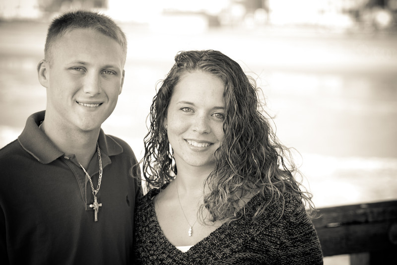 Victoria and Brandon Engagement Pictures-1-2.jpg