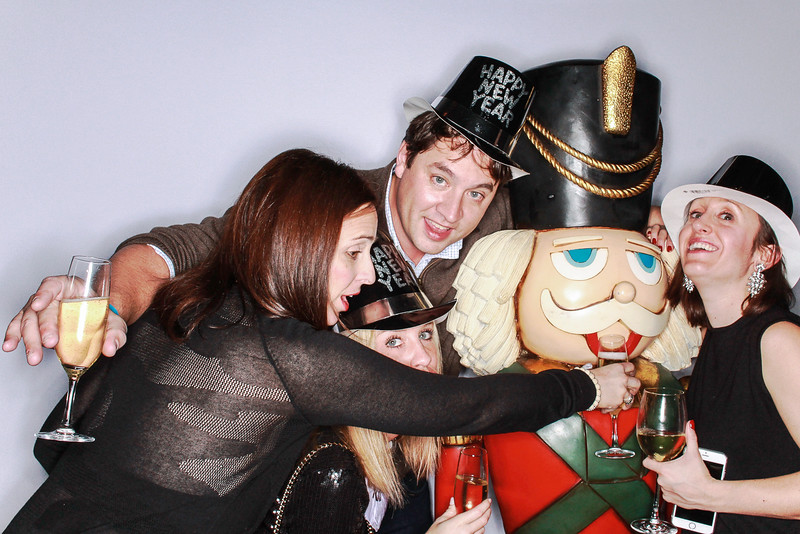 Aspen 82 & Nightout Host New Years Eve at The Jerome Hotel Aspen-Photo Booth Rental-SocialLightPhoto.com-761.jpg